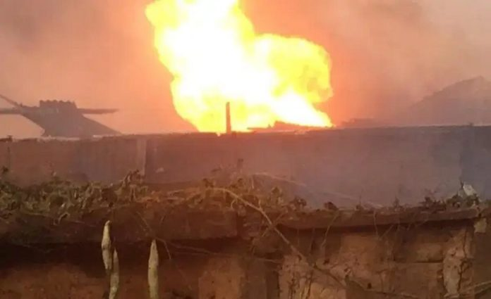 gas explodes in Abeokuta, explosion in OOPL, Ogun State former governor, Gbenga Daniel, Conference Hotel Abeokuta, gas explosion in Abeokuta, gas explosion in Ogun, three die, infant, in Abeokuta, Ogun State