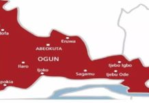 Two lost lives to accident on Lagos-Abeokuta Highway, Gunmen abduct pregnant woman, others in Ogun, Ogun pensioners protest N68bn unpaid 10 years gratuity, Pregnant woman die Lagos-Ibadan
