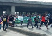 Police attack Lagos protesters